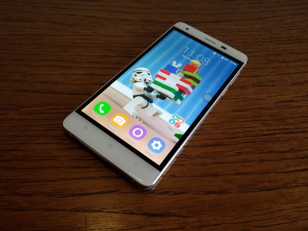 Oukitel K6000 screen