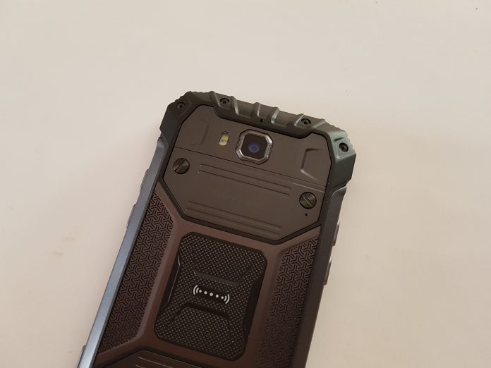 Article photo: Ulefone Armor 2 review – 6GB RAM IP68 smartphone